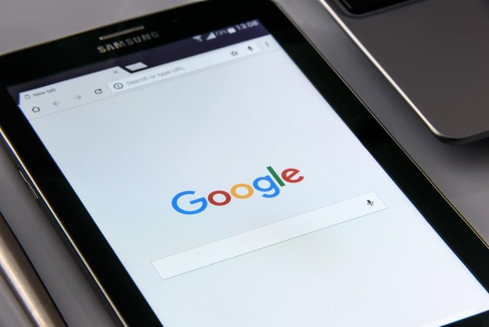 Google sur smartphone - Tube2Com